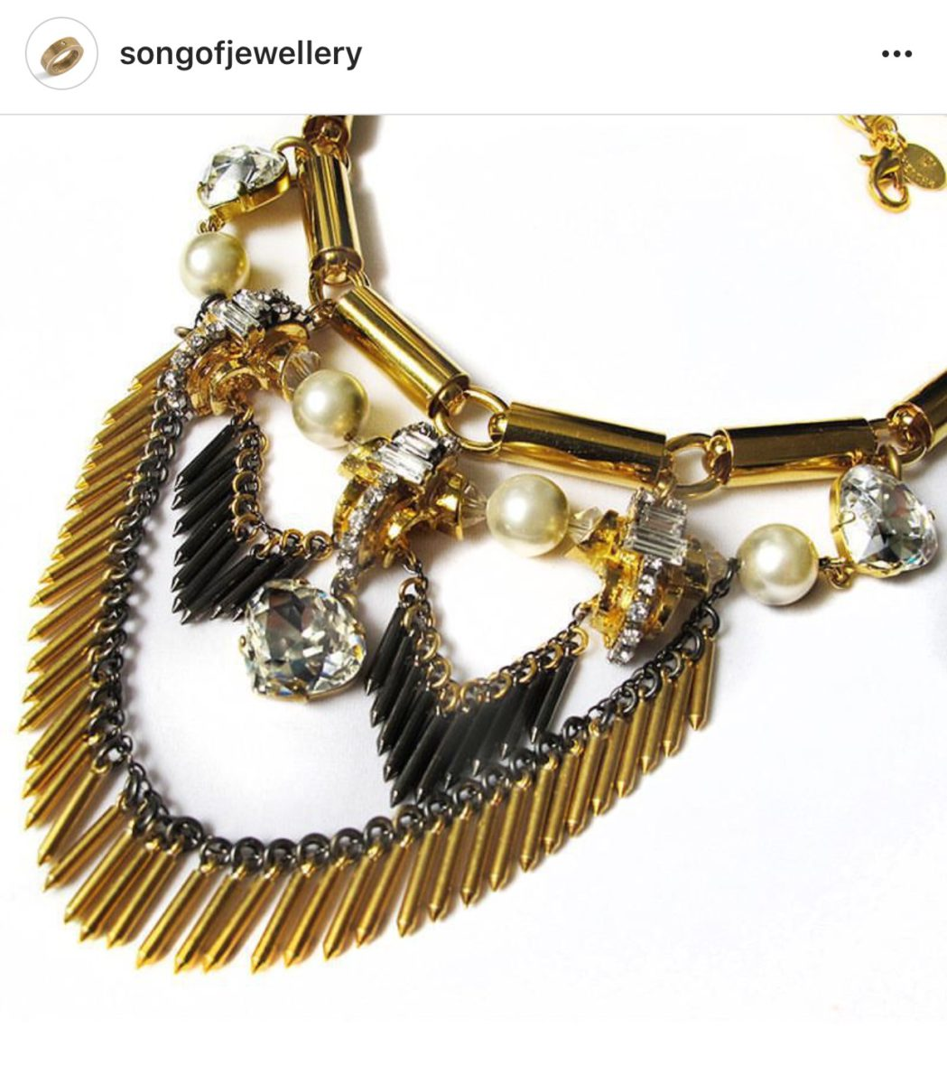 Jewellery with good background